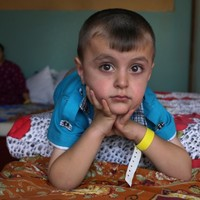 """""""We were afraid for our children"""": 10,000 flee Iraq town"""