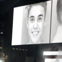 Beyoncé and Jay Z flash Justin Bieber's mugshot during joint gig