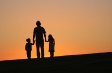 9,000 families to lose one-parent payment from today