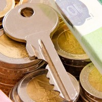 What counties have the highest number of people on rent allowance?