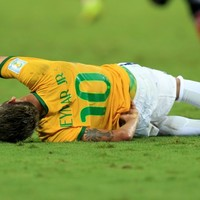 Neymar out of World Cup, according to Brazil doctor