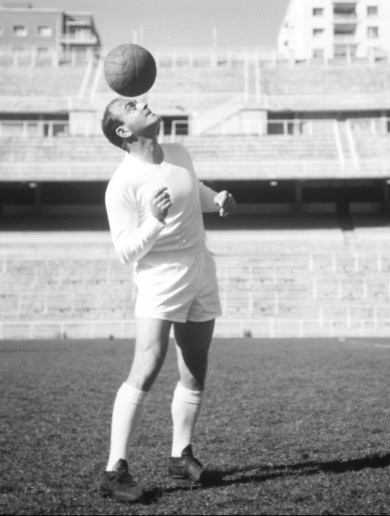 Watch the Football's Greatest documentary on Alfredo Di Stéfano