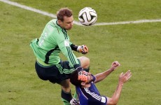 Here's the incident that somehow resulted in a free kick to Manuel Neuer