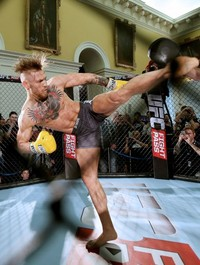 McGregor the star attraction at packed-out UFC Dublin fan day