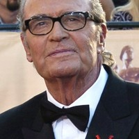 Legendary actor James Garner of 'The Great Escape' and 'The Notebook' dies aged 86