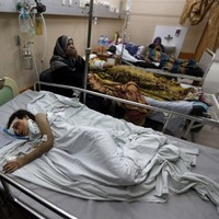 'Stop bombing trapped civilians' - Doctors' plea as five are killed in Gaza hospital