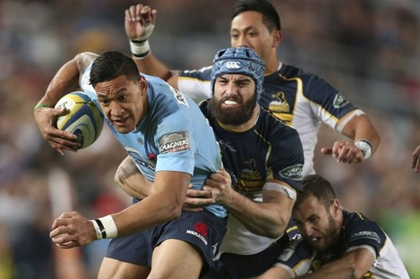 Scott Fardy and co. will be out to prevent Israel Folau getting quality possession.