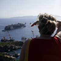 Costa Concordia finally begins its journey to the scrapyard