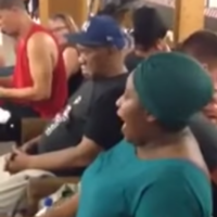 Woman belts out Beyoncé classic on subway platform and absolutely kills it
