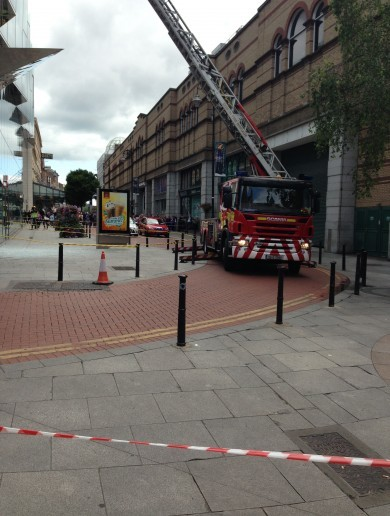 Dublin street closed to protect pedestrians from falling glass