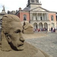Giant sand sculptures return to Dublin Castle