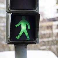 Explainer: Do pedestrian crossing buttons actually work?