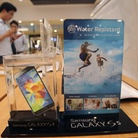 Samsung blames slow smartphone sales and increased competition for profit slump