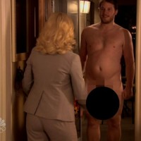 Chris Pratt talks about the time he showed Amy Poehler his penis
