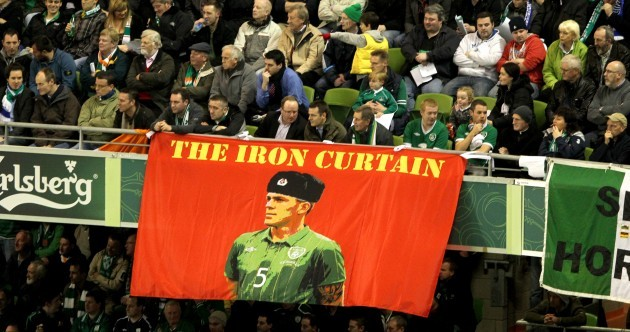 24 of the most memorable pics from Richard Dunne's Ireland career
