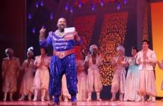 Broadway cast of Aladdin dedicate 'Friend Like Me' to Robin Williams