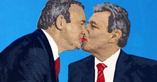 Gallery denies anti-gay discrimination over McGuinness-Robinson 'gay kiss' warning
