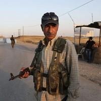 Kurdish troops take towns from Islamic State, advance on key dam