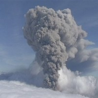 Uh oh: Iceland ups volcano aviation alert to red