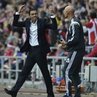 Shaky-looking Man United pegged back by Rodwell header