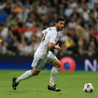 As if Bayern Munich didn't have enough midfielders already, they're signing Xabi Alonso