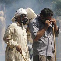 Two die and 400 injured in bloody Pakistan clashes