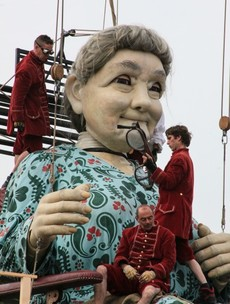 PICS: Here's what the 25ft Grandma Giant has been doing in Limerick
