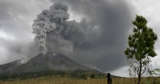 Indonesia volcano erupts again (PHOTOS)