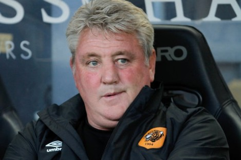 Steve Bruce doesn't want to hear talk of him replacing Alan Pardew at Newcastle.