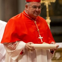 Robbers target archbishop by accident... then abandon stolen crucifix