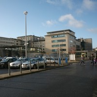 """""""Overcrowded and understaffed"""": Nurses hold protest at Galway hospital"""