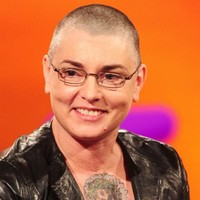 Sinead O'Connor gave a Dublin busker €140 so he could visit his girlfriend