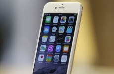 Apple claims only nine people complained about 'bending' iPhone 6