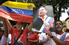 Hugo Chavez returns to Venezuela after Cuban cancer treatment