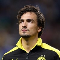 'I've no idea who makes these things up' - Mats Hummels laughs off Man Utd link