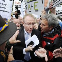 Denis Naughten loses Fine Gael whip over Roscommon Hospital vote