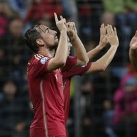 Spain drop iconic goalkeeper Iker Casillas, Costa scores at last as they beat Luxembourg 4-0