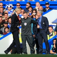 Arsene Wenger says sorry for Jose Mourinho push