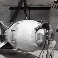 These declassified photos show the final preparations of the nuclear bombs used on Hiroshima And Nagasaki