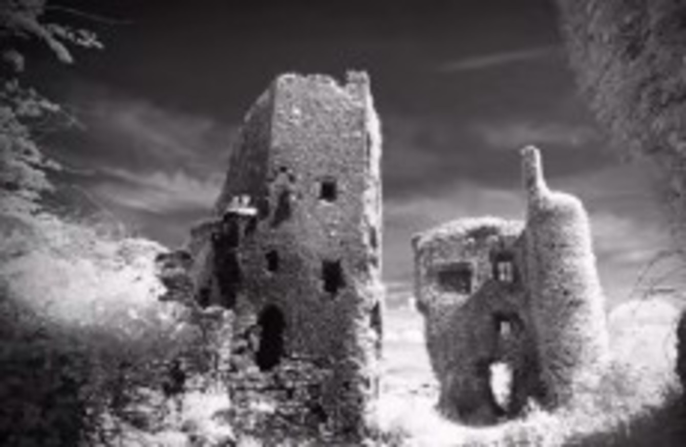 Read the terrifying tales of two of Ireland's spookiest houses