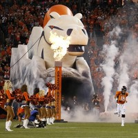 Manning's Broncos stampede all over divisional rivals San Diego