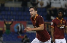 Kevin Strootman has told Roma that he wants to join Manchester United