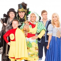 Yes, Twink's dog will have a starring role in Limerick's panto this Christmas