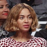 6 things Beyoncé's new haircut looks like, according to the internet