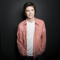 Comedian Tig Notaro performs set topless after getting heckled