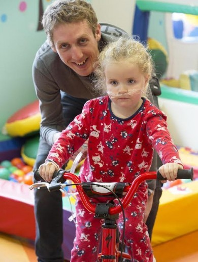 In pics: Ireland's top cyclist Dan Martin pulls up at Temple Street Children's Hospital