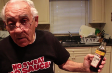 Italian chef makes an absolute hames of pronouncing 'Worcestershire sauce'
