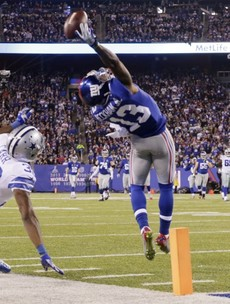 This one-handed catch by Odell Beckham Jr is absolutely ridiculous