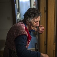 These photos of a Spanish woman being evicted are heartbreaking