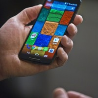 It can be cheaper, but is buying an unlocked smartphone better?